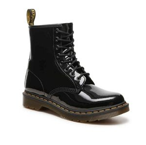 Dr Martens 8 eye patent leather combat boots black